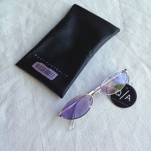 494286dcd8a8a Quay Australia Accessories - Quay Sunglasses - Clout - silver and violet